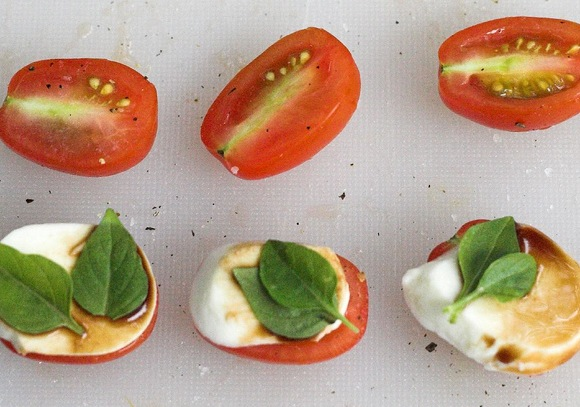 Cherry Tomato &quot;Burgers&quot; by 46137 from Flickr